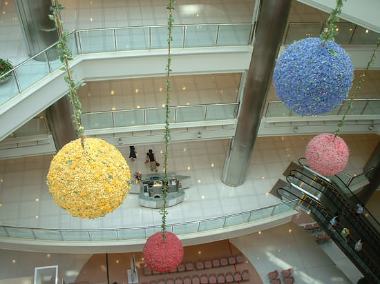 Shopping Mall Balls