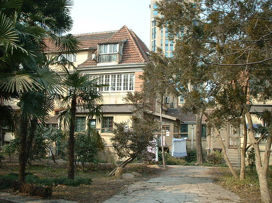 Fuxing Lu - The Villa
